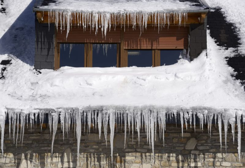 How to Prepare your Roof for the Spring Weather in Kitchener