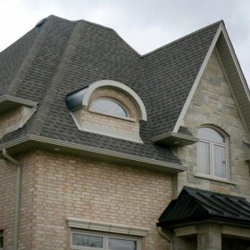 Look out for These 4 Issues if you Have a Sloped Roof