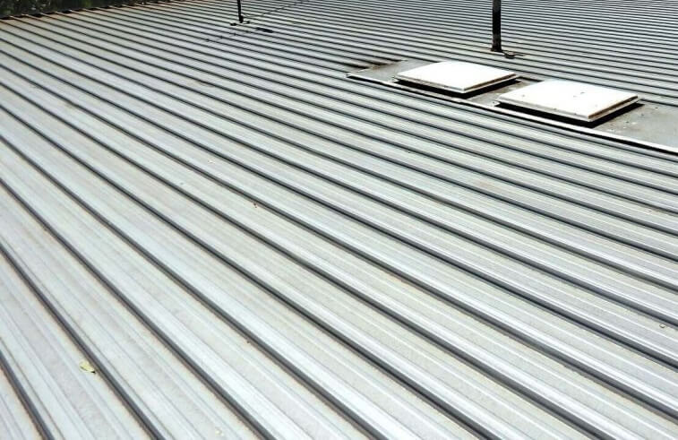 What Are the Most Common Types of Flat Roofs?